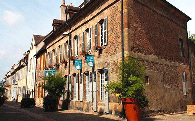 Mus e du b timent le site des mus es bourbonnais for Compagnons du batiment